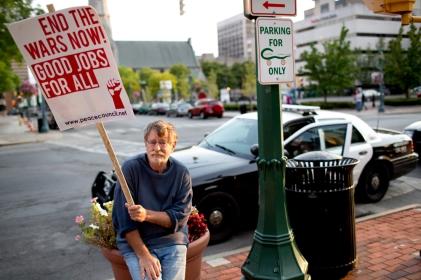 09172012_n_occupyanniversary_andrewrenneisen386